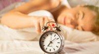 Dłuższy weekendowy sen to większe ryzyko choroby serca