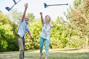 Dbaj o siebie. Poczucie szczęścia wydłuża niezależne życie [©  Robert Kneschke - Fotolia.com]