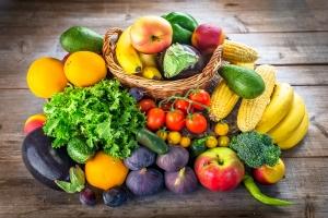 Dieta Europejczyków uboga w warzywa i owoce. Jak wypadają Polacy?   [Fot. Daniel Vincek - Fotolia.com]