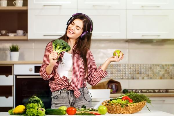 Dieta a nastrój: jakie produkty poprawią humor [Fot. proimagecontent - Fotolia.com]