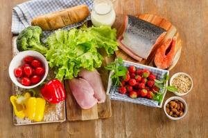 Dieta a rak - jak jedzenie zmniejsza ryzyko śmierci z powodu nowotworu [Fot. bit24 - Fotolia.com]