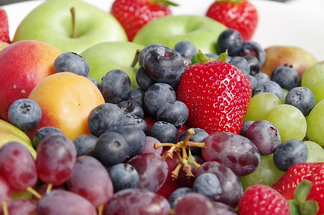 Dieta bogata we flawanole pomaga walczyć z nadciśnieniem [fot. HeVoLi from Pixabay]
