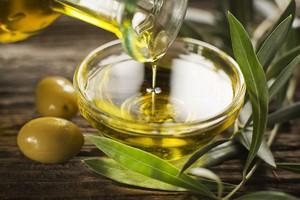 Dieta śródziemnomorska chroni przed niedokrwiennym udarem mózgu [© Dušan Zidar - Fotolia.com]