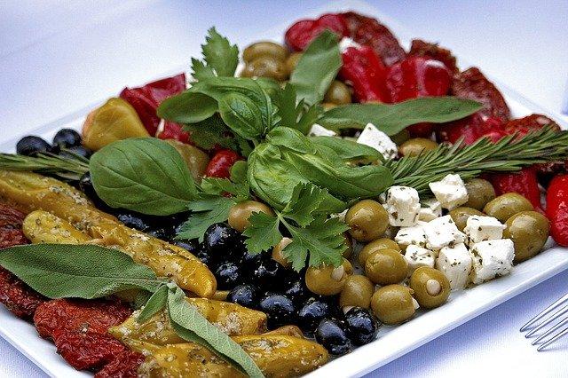 Dieta śródziemnomorska może zmniejszyć ryzyko rozwoju raka prostaty [fot. Silvo Bilinski from Pixabay]