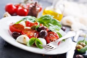 Dieta śródziemnomorska polecana seniorom - pomaga zachować funkcje poznawcze [© tycoon101 - Fotolia.com]
