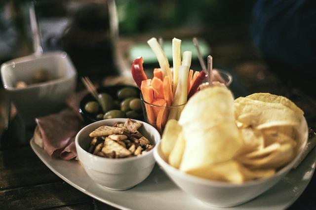 Dieta śródziemnomorska spowalnia starzenie się [fot. SplitShire from Pixabay]