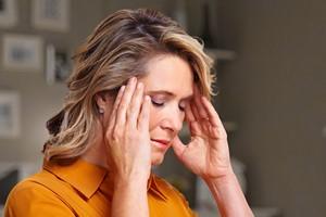 Dlaczego boli głowa? 5 nieoczywistych przyczyn [© Kurhan - Fotolia.com / MTTEstetica]