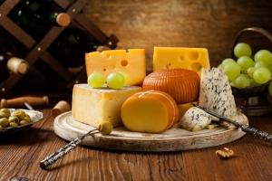 Dlaczego warto jeść sery [Fot. gkrphoto - Fotolia.com]
