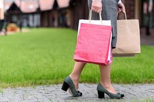 Dłuższe życie zapewnią... dostatecznie częste zakupy [Zakupy, © YakobchukOlena - Fotolia.com]