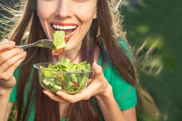 Dobra dieta - zdrowe zęby [Fot. Leart - Fotolia.com]