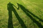 Dojrzałe kobiety chcą wrażliwych mężczyzn, młodsze - bogatych [© tomsza - Fotolia.com]