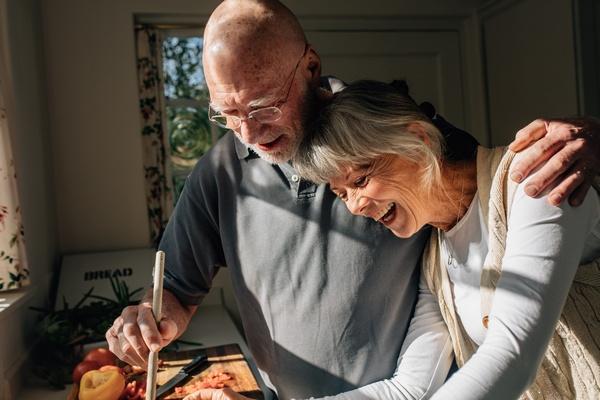 Dojrzałe małżeństwa są bardziej zgodne i szczęśliwsze [ę © Jacob Lund - Fotolia.com]