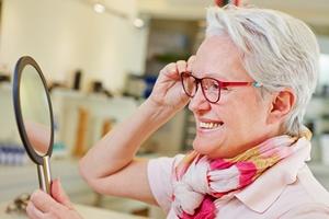 Dwie pary okularów niekoniecznie gratis. UOKiK karze sieć salonów optycznych [© Robert Kneschke - Fotolia.com]