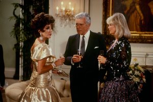 """Dynastia"" znów w telewizji [Joan Collins, John Forsythe i Linda Evans fot. ABC]"
