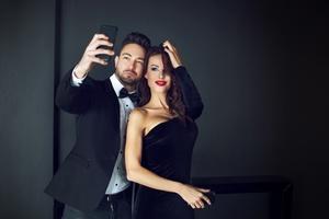 Dyrektor festiwalu w Cannes zabronił robienia selfie [© sakkmesterke - Fotolia.com]
