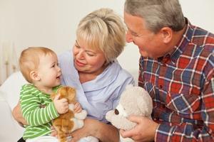 Dzień Babci i Dziadka - pamietajmy o nich nie tylko od święta [© Cello Armstrong - Fotolia.com]
