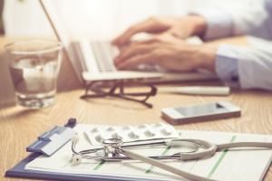 E-zwolnienia lekarskie obowiązkowe od 1 grudnia [Fot. makistock - Fotolia.com]