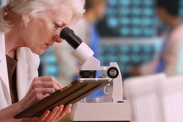 Efekt Matyldy - dyskryminacja kobiet nauki [© rocketclips - Fotolia.com]