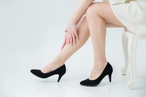 Efektowny wygląd czy zdrowie? Specjalista o chodzeniu w szpilkach [Fot. buri - Fotolia.com]