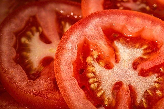 Ekstrakt z pomidora pomoże w walce z rakiem żołądka? [fot. Steve Buissinne from Pixabay]