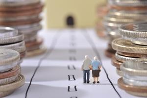 Emeryci i renciści: w 2016 roku dodatkowe pieniądze [© beeboys - Fotolia.com]