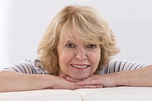 Emocje a wiek - seniorzy odczuwają mniej lęku i są bardziej skoncentrowani [© JPC-PROD - Fotolia.com, Uśmiech]
