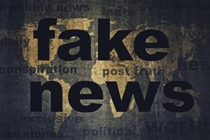 Fake newsy mają coraz większy wpływ na rzeczywistość [© agcreativelab - Fotolia.com]