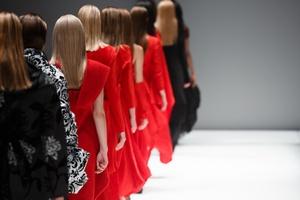 Francja walczy z anoreksją: zabrania pokazywania zbyt szczupłych modelek [© martinkay78 - Fotolia.com]
