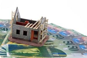 Frankowe kredyty hipoteczne: UOKiK ma zastrzeżenia do trzech banków [© Gina Sanders - Fotolia.com]