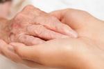 Gdy opiekujesz się chorym, pomyśl również o sobie... [© aboikis - Fotolia.com]