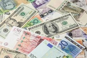Gdzie najtaniej kupić walutę na wakacje? [Fot. NorGal - Fotolia.com]
