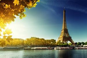 Gdzie wybrać się jesienią na krótkie wakacje? [© Iakov Kalinin - Fotolia.com]