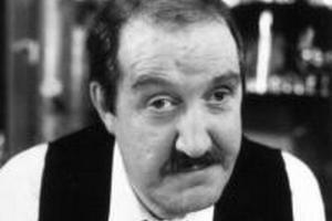 "Gorden Kaye - René  z ""'Allo 'Allo!"" nie żyje [Gorden Kaye fot. BBC]"