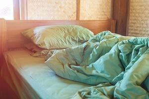 Gorsza strona snu: zmarszczki senne [© rakop_ton - Fotolia.com]