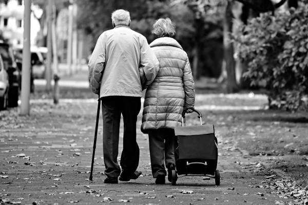 Grażyna Wolszczak: ludzie szybciej zrywają dziś związki niż kiedyś. Wolą iść na łatwiznę [Fot. Pixabay.com]