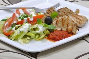 Grozi ci osteoporoza? Jedz na śródziemnomorską modłę [Fot. Kamila Cyganek - Fotolia.com]