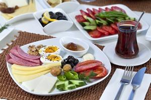 Herbaciany foodpairing: jak łączyć posiłki z herbatą [© COSPV - Fotolia.com]