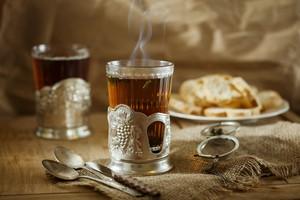 Herbata. Burzliwe losy naparu na polskich stołach [© marrfa - Fotolia.com]
