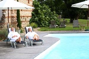 Hotele dla dorosłych coraz popularniejsze [© goodluz - Fotolia.com]