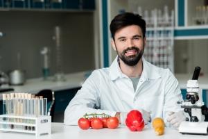 Ile chemii jest w warzywach i owocach? [Fot. LIGHTFIELD STUDIOS - Fotolia.com]