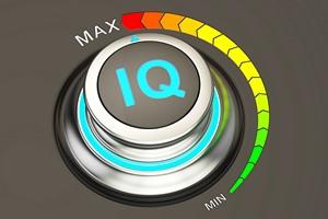 Inteligentni ludzie żyją dłużej [© alexlmx - Fotolia.com]