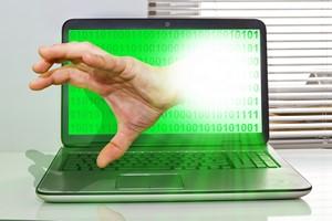 Internetowi przestępcy żerują na strachu. Jak im nie ulec? [©  Jürgen Fälchle - Fotolia.com]