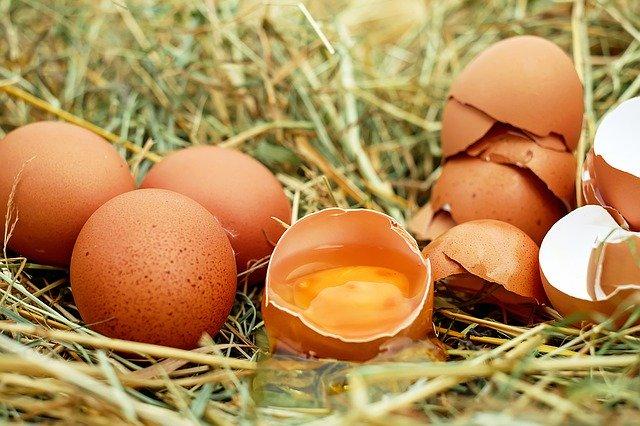 Jaja - ich przeciwutleniacze pomogą zapobiec chorobom serca i nowotworom [fot. Couleur from Pixabay]