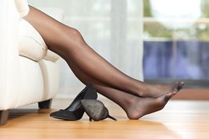 Jak aktywnie dbać o nogi? 4 przydatne ćwiczenia [© Antonioguillem - Fotolia.com]