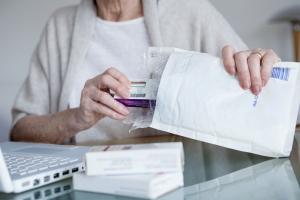 Jak bezpiecznie kupować leki w sieci? [Fot. RFBSIP - Fotolia.com]