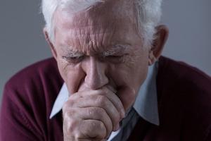 Jak długo moÅźe trwać kaszel? Kiedy iść do lekarza? [© Photographee.eu - Fotolia.com]