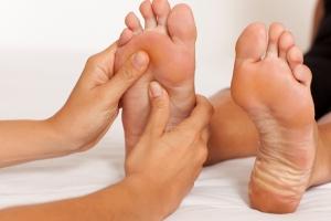 Jak dbać o stopy w każdym wieku? [Fot. Adam Gregor - Fotolia.com]