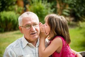 Jak dziadkowie wzbogacają życie wnuków, a wnuki - dziadków: słynne cytaty c. d.  [© Martinan - Fotolia.com]