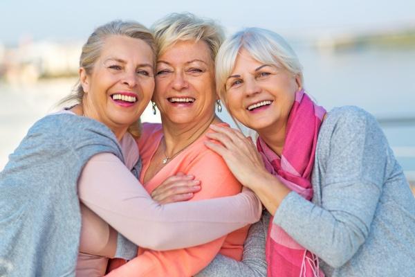 Jak emocje zmieniają się wraz z wiekiem: ludzie starsi są szczęśliwsi [Fot. pikselstock - Fotolia.com]