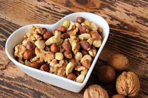 Jak łatwo poprawić sobie nastrój? Trzeba jeść orzechy [© fototheobald - Fotolia.com]
